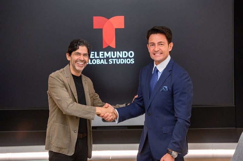 Fernando Colunga firma con Telemundo